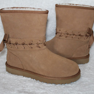 UGG CLASSIC SHORT SUEDE LACE UP BOOTS CHESTNUT 7 9